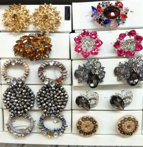 Mood NYC and Mood LA both have a wide selection of brooches that can be converted into shoe clips.