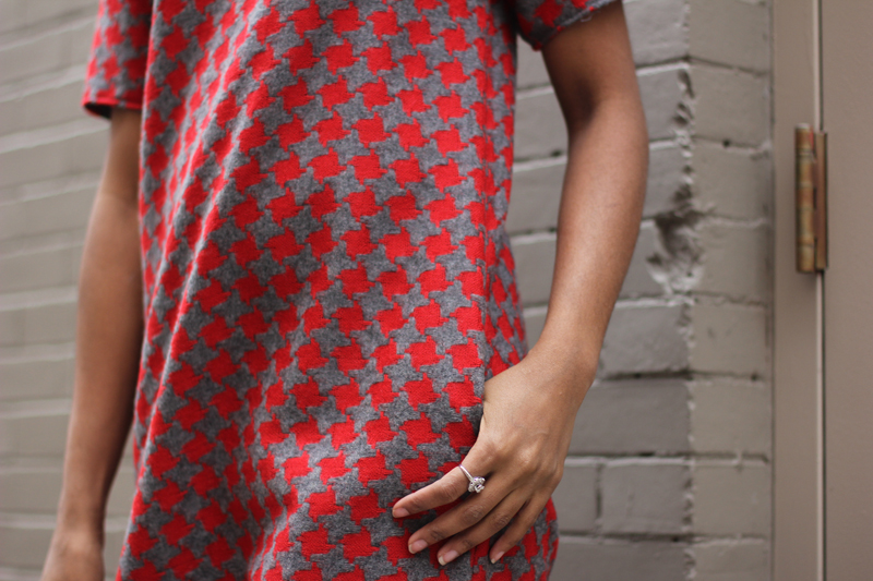 Mood Fabrics DIY Houndstooth Shift Dress