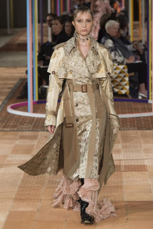 Alexander McQueen | Spring 2018 Ready-to-Wear