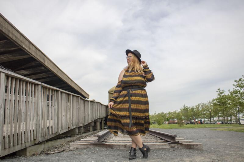 Free dress pattern, maxi dress, summer, cold shoulder, chiffon dress