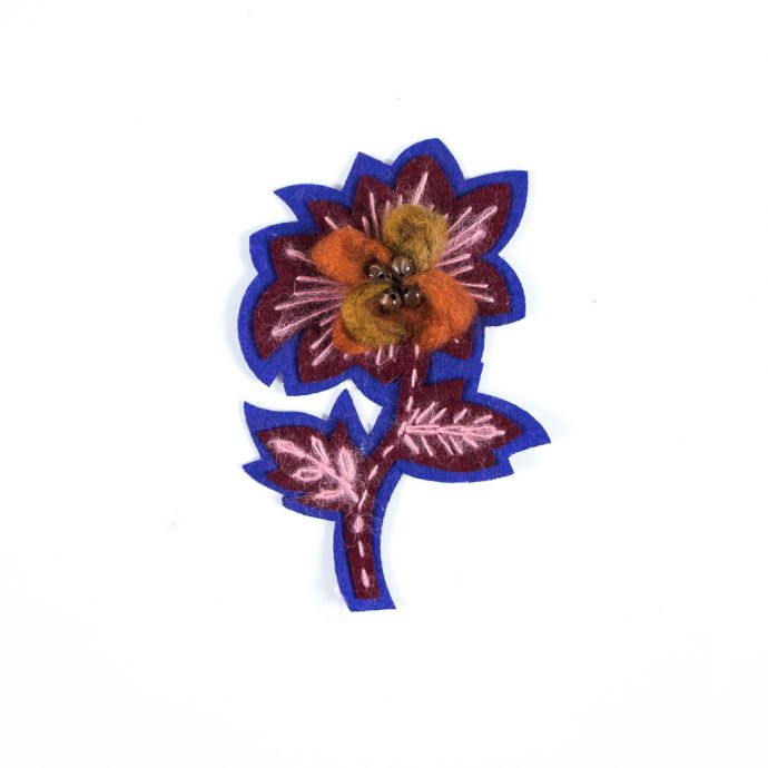 Iron-on Floral Felt Embroidered Applique - 6 x 4