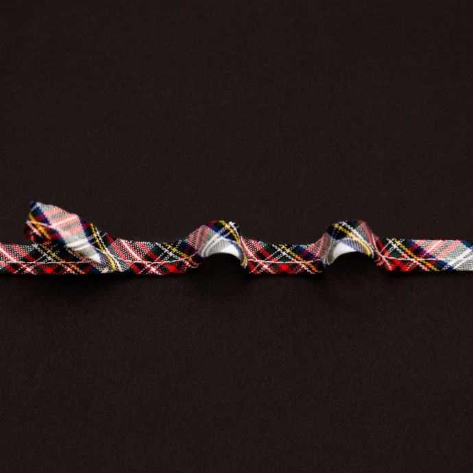 Italian White, Green and Red Plaid Bias Piping Cord with Lip - 0.375